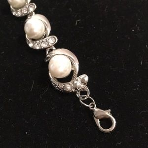 Jewelry - Simulated pearl and diamond silver bracelet